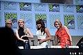 SDCC 2015 - Jamie Lee Curtis, Emma Roberts, Lea Michele & Skyler Samuels (19772223502).jpg