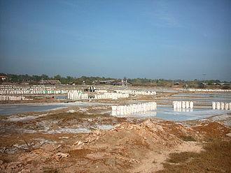 Ban Dung District - Salt production