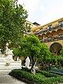 San Gregorio Armeno's cloister (Naples) (19538270521).jpg