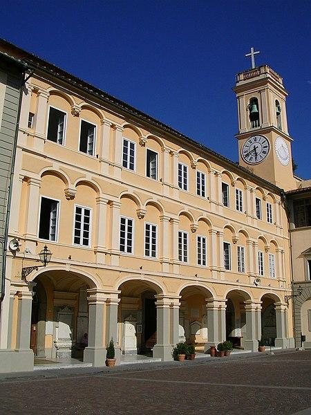 File:Santuario di Montenero.JPG