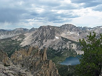 Sawtooth Range (Idaho) - Sawtooth Mountains and Toxaway Lake
