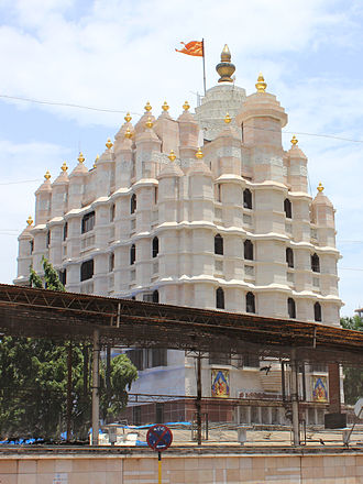 Maharashtra - Siddhivinayak Temple in Mumbai, Hinduism is the dominant religion in Maharashtra