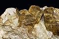 Sidérite, calcite, pyrrhotite.jpg