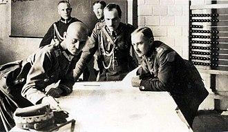 Battle of Warsaw (1920) - Władysław Sikorski  with  staff of  the  Polish 5th Army  during  battle of Warsaw