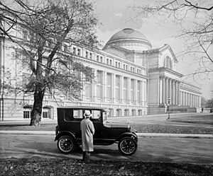 National Museum of Natural History - Model T Ford parked in front of the National Museum in 1926