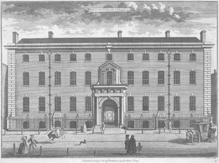 1754 engraving of Old South Sea House, the headquarters of the South Sea Company, burned down in 1826, on the corner of Bishopsgate Street and Threadneedle Street in the City of London SouthSeaHouse Stowe'sSurveyOfLondon 1754.PNG
