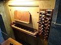 Spieltisch der Renaissance-Orgel im Salzburger Dom.jpg