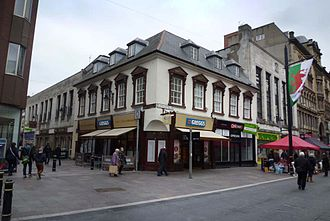 Cardiff Town Hall - The site of the medieval town hall at the junction of High Street and St Mary Street