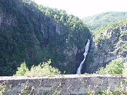 Pohled vodopád Stalheimsfossen