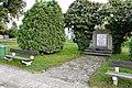 Stara Lysa pomnik padlym 1.JPG