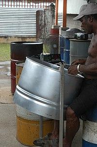 Steelpan - Wikipedia