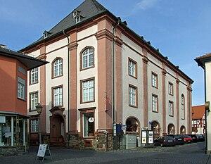 Julius Neubronner - Streitkirche in Kronberg with pharmacy