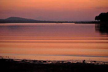 Sunset at Kabini River, overlooking Nagarhole National Park.jpg