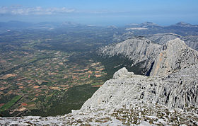 Supramonte view-from-Punta-Sos-Nidos-to-North-East 2.jpg