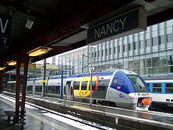 TER en gare de Nancy.JPG