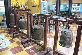 Temple Bells (15242552389).jpg