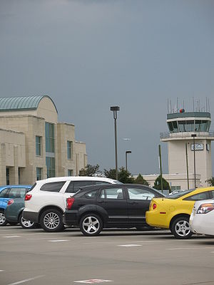 Manhattan Regional Airport - The airport's old terminal (replaced in 2015–16) and control tower