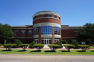 Texas Woman's Pioneers - Image: Texas Woman's University September 2015 67 (Pioneer Hall)