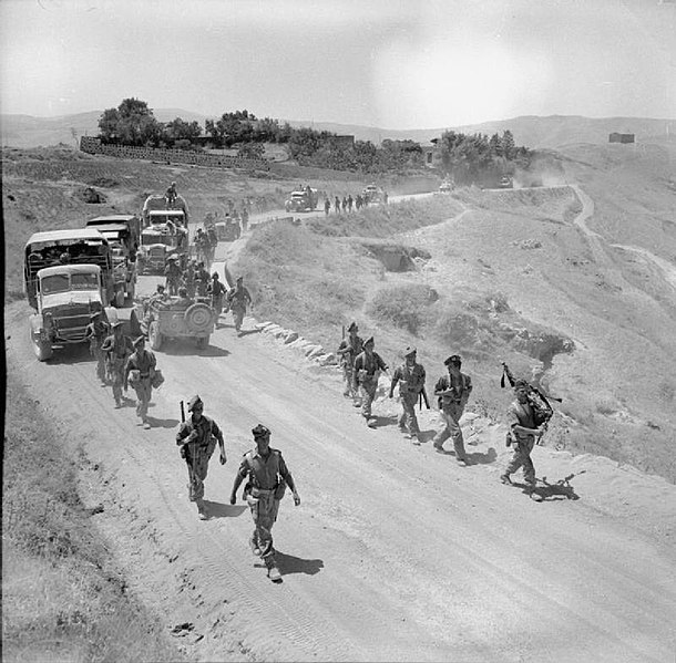 File:The British Army in Sicily 1943 NA4666.jpg