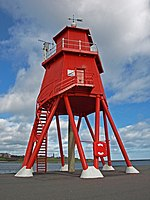 The Groyne Lighthouse, South Shields - geograph.org.uk - 712374.jpg