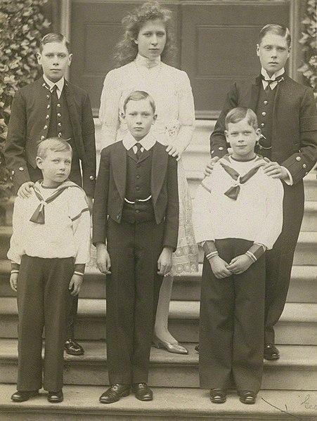 File:The children of George V, 1910.jpg