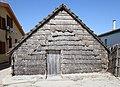 Tipica capanna (una delle ultime rimaste) di San Giovanni di Sinis - panoramio (1).jpg