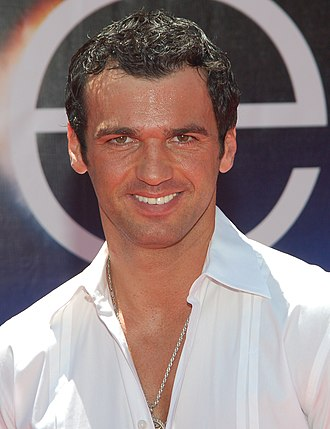 Tony Dovolani - Dovolani at the premiere for Earth in April 2009