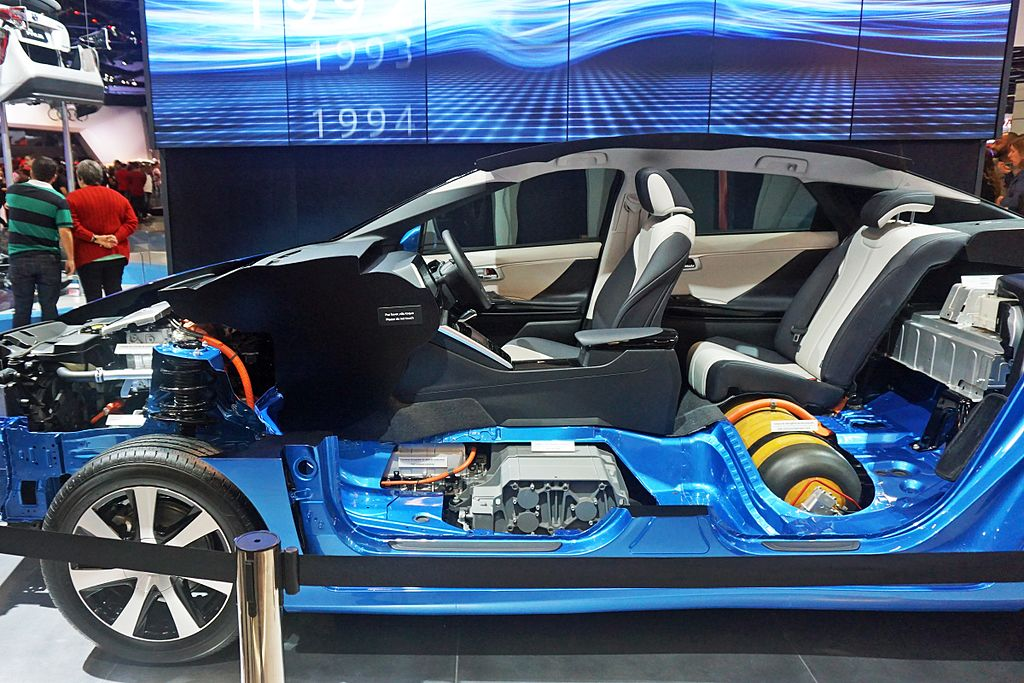 Hydrogen Fuel Cell Wikipedia >> File:Toyota Mirai fuel cell stack and hydrogen tank SAO 2016 9028.jpg - Wikimedia Commons