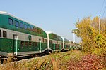 Trainspotting GO train -918 headed by MPI MP40PH-3C -609 (8123464818).jpg