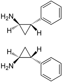 Tranylcypromine Enantiomers Structural Formulae.png