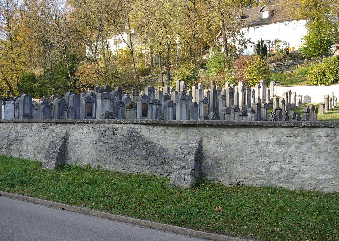 Treuchtlingen Jüdischer Friedhof 004.JPG