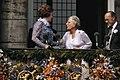 Troonswisseling 30 april na abdicatie verschenen Koningin beatrix en Prinses J, Bestanddeelnr 253-8185.jpg