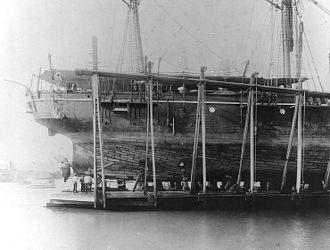 Samoan crisis - Image: USS Nipsic wreck 1889