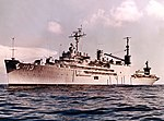 USS Salisbury Sound (AV-13) at sea, in 1967 (L45-250.06.01).jpg