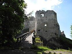 Uhrovsky hrad.jpg