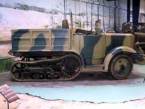 P107 - P107 at Musée des Blindés