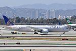 United Airlines, Boeing 787-9 Dreamliner, N35953 - LAX (18425743999).jpg
