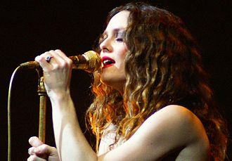 Vanessa Paradis - Paradis performing in 2007