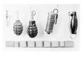 Verschiedene Handgranatenmodelle - CH-BAR - 3239062.tif