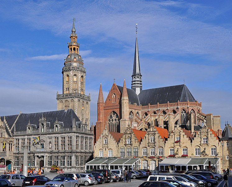 Veurne (Belgium): St Walburga church (right) and the belfry (left), seen from the Market Place