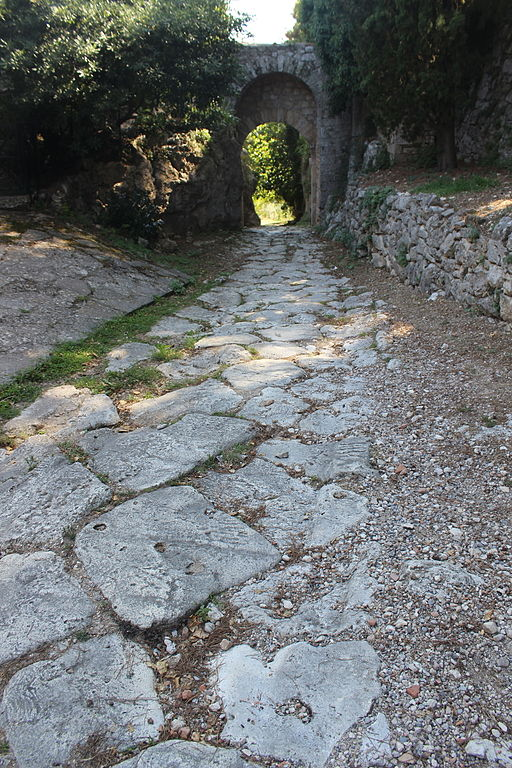Via Clodia & Porta Romana