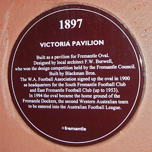 Fremantle Oval - Image: Victoria Pavillion Plaque 2005 SMC