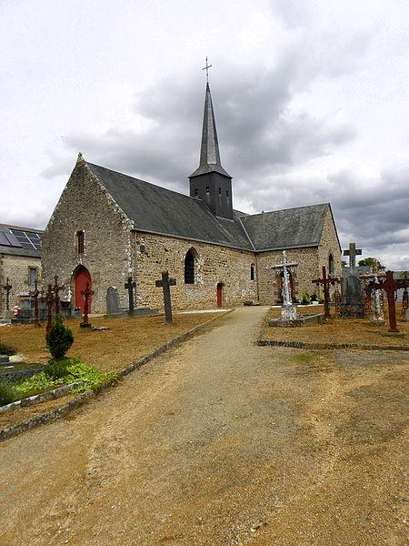 Église Notre-Dame-de-la-Visitation de Vieuvy (53). Façade occidentale et flanc sud.