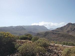 Vista del Amurga desde Aldea Blanca.jpg