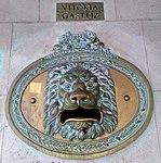 Vitoria - Edificio de Correos.jpg