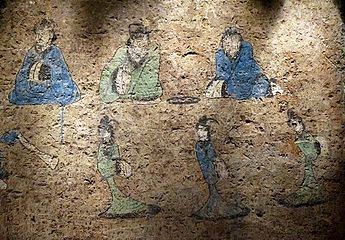 A late Western Han (202 BC – 9 AD) painting from a tomb of Dongping County eddab7b94