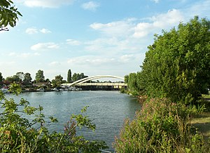 Walton Bridge - Walton Bridge (taken in Summer 2013 from upstream)