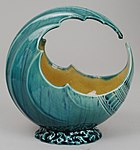 "Art pottery ""wave bowl"" (not radioactive)"