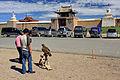 Wejście do klasztoru Erdene Dzuu 03.jpg