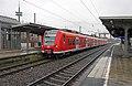 Wesel Bhf 425 077-5 als RB 33 naar Mönchengladbach (12103873775).jpg